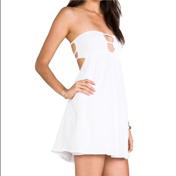 7781c7f30179 Indah Dresses & Skirts - Indah White Sunny Smock Strapless Dress Size XS